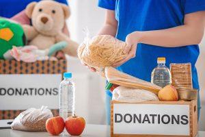Δωρεά τροφίμων από το 4ο Γυμνάσιο Γλυφάδας