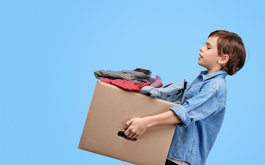 Δωρεά παιδικών ρούχων από τα «ΕΚΠΑΙΔΕΥΤΗΡΙΑ ΔΙΑΜΑΝΤΟΠΟΥΛΟΥ»